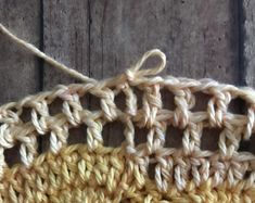 Who's ready for farmers market season to start? Crochet Market Bag, Crochet Tote, Free Crochet, Cotton Crochet Patterns, Crochet Stitches, Single Crochet Stitch, Double Crochet, Crab Stitch, Yarn Bee