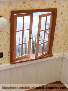 how to: miniature working windows in dollhouse size