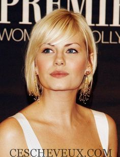 Very Short Haircuts with Bangs for Women - Couleur Cheveux 02 Short Haircuts With Bangs, Haircuts For Fine Hair, Short Bob Hairstyles, Cool Hairstyles, Bob Haircuts, Gorgeous Hairstyles, Celebrity Hairstyles, Hairstyles Haircuts, Haircut Short