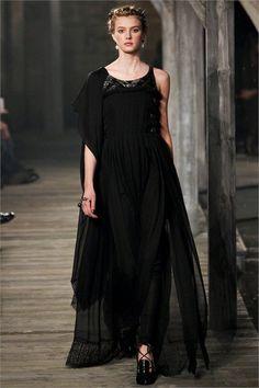 Sfilata Chanel Linlithgow - Pre-collezioni Autunno Inverno 2013/2014 - Vogue