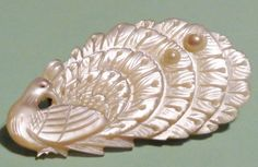 Vintage+Mother+of+Pearl+Hand+Carved+Peacock+Brooch+or+Pin