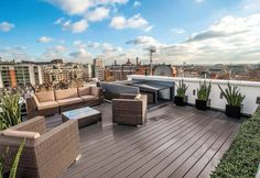 Telegraph House : Classic style balcony, veranda & terrace by MAA Architects