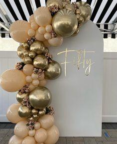 Birthday Balloon Decorations, Birthday Party Decorations, Baby Shower Decorations, Deco Ballon, Balloons Galore, Balloon Garland, Balloon Arch, 18th Birthday Party, Golden Birthday