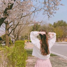 Gifts that Keeps On bouncing Early morning BooBers be a bouncing Ulzzang Korean Girl, Cute Korean Girl, Asian Girl, Korean Photography, Girl Photography, Aesthetic Photo, Aesthetic Pictures, Uzzlang Girl, Italian Girls
