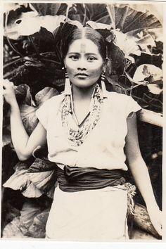 Taiwan Pictures Digital Archive - Taipics - Aboriginal Women Tattoos