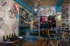 Superb bicycle boutique O Z I I O Boston 03 Retail Design, Shop Interior Design, Store Design, Bicycle Store, Retail Solutions, Pocket Bike, Bike Brands, Design Blog, Ideas