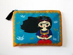 Frida Kahlo cosmetic bag, makeup bag, Frida Kahlo makeup bag, pencil bag by Chunchitos
