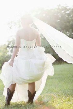 Bridal picture http://prettyweddingidea.com