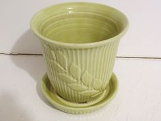 """Shawnee flower pot with attached saucer light chartreuse 5""""  U.S.A. 465"""