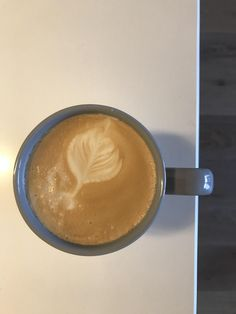 Home barista seeking tips! Any advice on how to improve my soy latte-art would be greatly appreciated  #coffee #cafe #espresso #photography #coffeeaddict #yummy #barista