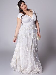 Women's Plus Size Wedding Dresses
