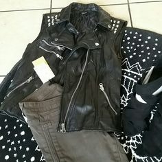 Forever21 faux leather vest Never worn, no tag. Super cute size small. Fits perfect. It's been in my closet for a year with no use. Forever 21 Jackets & Coats Vests