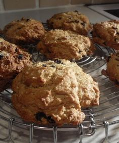 The English Kitchen: Rock Cakes. Just made these and they are delicious!!