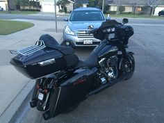 Tour pack addition, 2015 Harley Davidson Street Glide Special