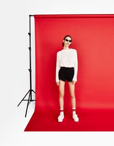 Cropped sweater with rips - Bershka #fashion #product #sweater #white #girl #trend #trendy #girly #cool #knitwear