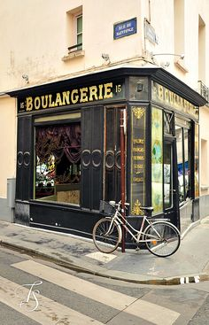 Bohemian Le Marais is one of Paris' most fashionable areas and an LGBT hotspot. Spend an afternoon absorbing the exciting mish-mash of Parisian boulangeries, Jewish restaurants, independent boutiques, cutting-edge art galleries, and crooked lanes full of surprises in Le Marais. Rue St. Antoine and Rue des Rosiers are two of our favourite streets in the area. Closest Metro Station: St. Paul (Line 1)