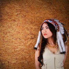 Model Apache Girl
