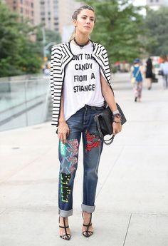 street-style-t-shirt-striped-blouse-denim-jeans
