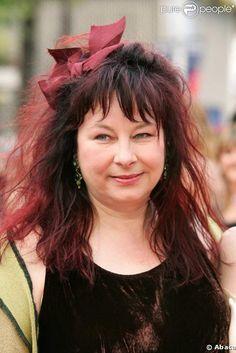 Yolande MOREAU, un grande comédienne Belge, qui vit en France. Elle est lauréate de trois César : un pour le meilleur premier film (en 2005) et deux en tant que meilleure actrice (en 2005 et 2009). Elle est de fait la seule comédienne belge à avoir gagné deux Césars de la meilleure actrice.