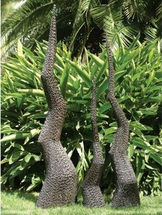 Buy Sculpture Small Garden Spire online by Edge Company from Furntastic at unbeatable price. Concrete Sculpture, Modern Sculpture, Garden Spheres, Garden Pots, Garden Center Displays, Metal Garden Art, Fairy Garden Houses, Trees And Shrubs, Garden Accessories