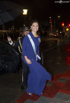 Crown Princess Victoria attended a concert held Royal Academy of Music in Stockholm. The King was also in attendance.