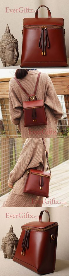 Genuine leather vintage women handbag shoulder bag crossbody bag Source by sarifgunawan Backpack Bags, Leather Backpack, Leather Bag, My Bags, Purses And Bags, Mode Simple, Leather Accessories, Swagg, Cross Body Handbags