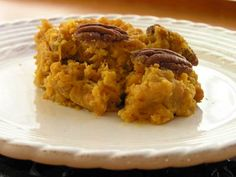 Sweet Potato Casserole: Gluten Free - This looks like something yummy to try as a side dish/dessert.
