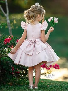 Girls Pink Beaded Flutter Sleeve Special Occasion Dress with Large Bow - Girls Flower Girl Dresses Flower Girl Dresses Country, Toddler Girl Dresses, Little Girl Dresses, Girls Dresses, Pink Dresses, School Dance Dresses, Girls Special Occasion Dresses, Kids Frocks, Girl Dress Patterns