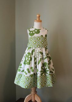 Another cute girl's dress to copy!