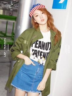 K-fashion camo jacket white tee and Blue denim mini K Fashion, Ulzzang Fashion, Asian Fashion, Fashion Outfits, Denim Outfit, My Outfit, Lee Sung Kyung Fashion, Lee Sung Kyung Photoshoot, Street Style Magazine