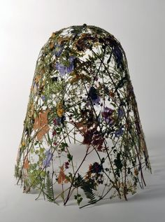 """The Fragility of Time"" Flower Sculptures // Ignacio Canales Aracil | Afflante.com"