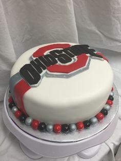 Ohio State Cake Ohio State Cake, Buckeye Cake, Ohio Buckeyes, Sport Cakes, Bakery Ideas, Culinary Arts, Creative Cakes, Cupcake Cookies, Cake Smash