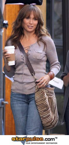 Jennifer Lopez with coffee!