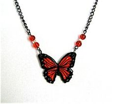 DIY Necklace  : DIY paper-butterfly-necklace