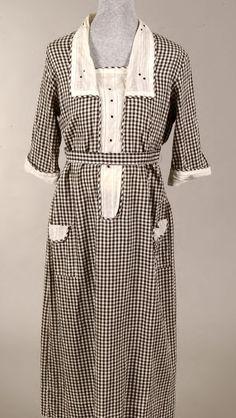 Armistice style day dress, circa 1917-1920.