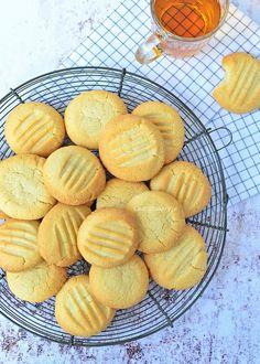 Bakery Recipes, Cookie Recipes, Snack Recipes, Snacks, Aruba Food, My Favorite Food, Favorite Recipes, Baking Basics, No Bake Cookies