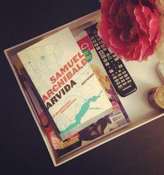 14 livres québécois que tu dois absolument lire au moins une fois dans ta vie  | Narcity Montréal