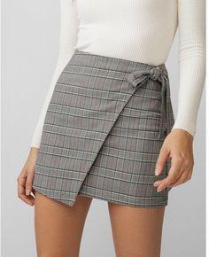Nice 41 Unique Skirts Design Ideas For Women. More at www. Nice 41 Unique Skirts Design Ideas For Women. More at www. Casual Skirt Outfits, Denim Outfit, Trendy Outfits, Cute Outfits, Fashion Outfits, Womens Fashion, Fashion Skirts, Casual Skirts, Fashion Boots