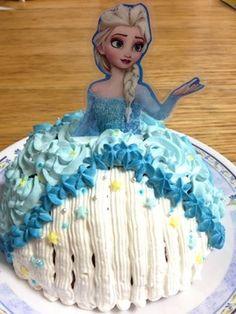 Elsa Birthday Cake, Cinderella, Pastel, Dolls, Disney Princess, Desserts, Recipes, Bags, Baby Dolls