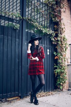 Siano one-eyed shoes c/o Dr. Martens, vintage plaid dress and old hat