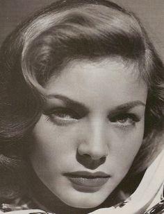 Lauren Bacall - @~ Mlle