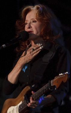 Bonnie Raitt performs Aug. 28, 2012, at Red Butte Garden in Salt Lake City. (Leah Hogsten     The Salt Lake Tribune)