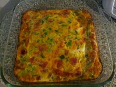low carb breakfast bake mmmm yummmieeee :D Low Carb Keto, Low Carb Recipes, Cooking Recipes, Healthy Recipes, Kid Recipes, Breakfast Bake, Low Carb Breakfast, Breakfast Recipes, Breakfast Casserole