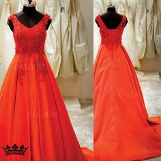 Make any occasion a Red Carpet event with this elegant Satin gown  We have the widest range of Ball gowns, A line gowns, mermaid gowns, empire waist gowns, ruffled gowns, colour gowns, so many patterns to choose from!! Available in all sizes too!!  #shinycinderella #fashionexpert.  #weddinggown #christianweddinggown #destinationwedding #prewedding #dreamwedding #whitegown #weddinggownchennai Visit: https://goo.gl/hx17oS