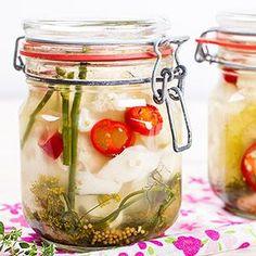Kiszony kalafior Good Food, Yummy Food, Canning Recipes, Beets, Bon Appetit, Preserves, Kimchi, Pickles, Vegan Recipes