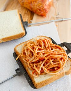Camping - spaghetti and garlic bread pockets made in a pie iron. We grew up on spaghetti sandwiches but the pie iron would be so much better. Camping Meals, Camping Hacks, Camping Stuff, Family Camping, Backpacking Meals, Camping Cooking, Camping Kitchen, Diy Camping, Camping Checklist