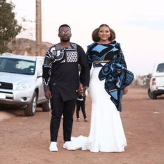 Keagile & Tebogo's Elegant Sotho Wedding African Wedding Attire, African Attire, African Prom Dresses, African Dress, African Wear, Traditional Wedding Attire, Traditional Outfits, Traditional Design, South African Traditional Dresses