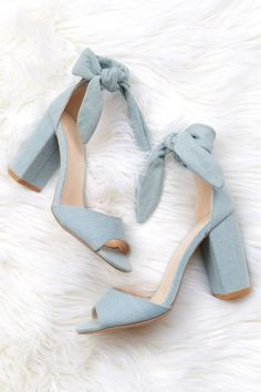 A light denim chunky heel with a peep toe, and tie at the ankle. Oxford Shoes Heels, Bow Heels, Women Oxford Shoes, Pumps Heels, Shoe Boots, Denim Heels, Ankle Heels, Black Prom Heels, Blue Wedding Heels