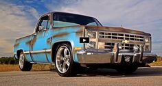 Check out this cool custom built 1986 Chevy Silverado truck wearing Patina paint, fresh interior and powered by a strong 350 V8 motor!