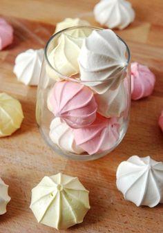 Homemade Delicious Meringues Easy Recipe